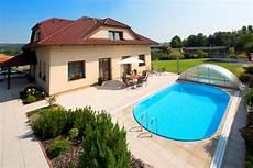 haus mit schwimmbad oval swimming pool albixon