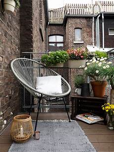 mit diesen tipps wird ein kleiner balkon zur stadtoase