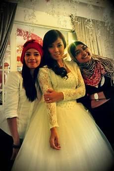Sekitar Gambar Perkahwinan Shila Amzah Dan Sharnaaz Ahmad