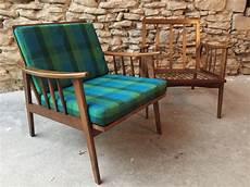paire de fauteuils de style scandinave couleur brocante