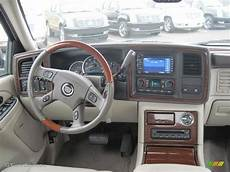 small engine service manuals 2004 cadillac escalade ext head up display manual lock repair on a 2004 cadillac escalade ext 2004 cadillac escalade base lock automotive