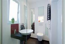 kleines gäste wc mit dusche ideen f 252 r kleine b 228 der g 228 ste wc mit dusche