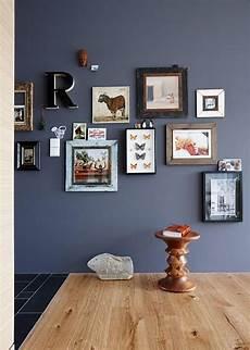 Wandfarben Wohnzimmer Dunkle Möbel - mit dunkler wandfarbe streichen die besten profitipps
