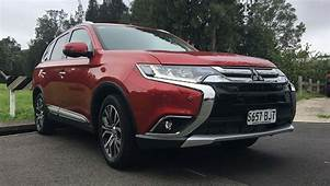 Mitsubishi Outlander 2017 Review  CarsGuide