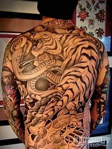 tattoo artist tim hendricks lowrider arte magazine