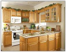 Kitchen Decorating Ideas Oak Cabinets by Kitchens With Oak Cabinets Honey Kitchen