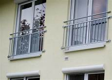 französischer balkon verzinkt stahlbau schlosserei und schmiede leippert in engstingen