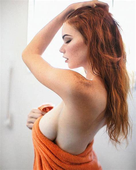Sabrina Lynn Nude