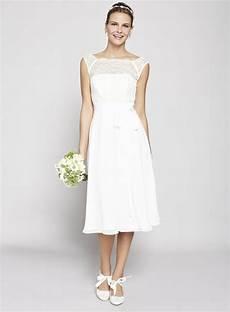 Wie Sieht Das Perfekte Kleid F 252 R Standesamt Aus
