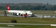 junger passagier schreit auf flug nach z 252 rich allahu akbar