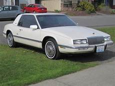 blue book used cars values 1990 buick riviera security system 1990 buick riviera vin 1g4ez13c0lu406697 autodetective com