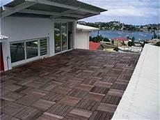 mattonelle per terrazzi mattonelle per giardino pavimenti esterni