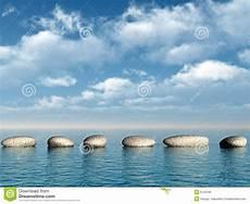Wasser Und Steine - eine reihe der steine im wasser stockbild bild