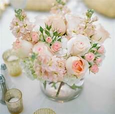 douceur aux petits bonheurs d arielle wedding table centerpieces wedding flowers