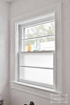 Bad Fenster Sichtschutz - frosted window great way to keep light and