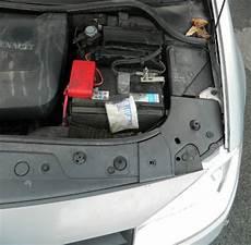 batterie megane 2 megane 2 dci 105 le d 233 marreur ne se lance plus auto titre