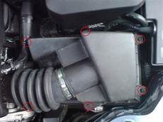 replace ford focus air filter mk2 2005 2008