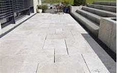 natursteinterrasse naturstein terrassenplatten bei steinlese