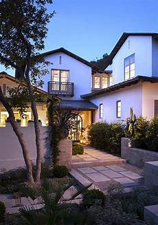 House Style - stucco home style