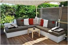 canapé angle palette salon de jardin canap 233 d angle ext 233 rieur en bois id 233 es