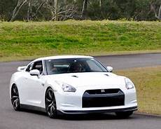 nissan gtr r35 occasion nissan gt r race track drive 4 laps marulan south of