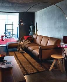wandfarbe zu braunen möbeln wohnen mit farben betongrau zu warmen braunt 246 nen bild