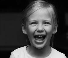 kinder lachen das lachen zum wochenende foto bild kinder kinder ab