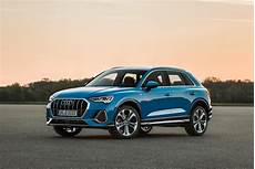 Neuer Audi Q3 The New Audi Q3 Mimics The Style Of The Big Q8 Suv Gear