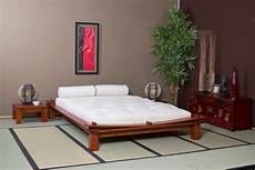 lit japonais traditionnel lit en bois et lit japonais optez pour un lit original et pas cher