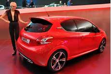Peugeot 208 Gti Photos And Specs Photo Peugeot 208 Gti