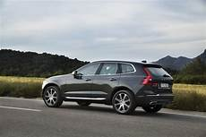 New Volvo Xc60 D5 Pine Grey Driving Footage Volvo Cars
