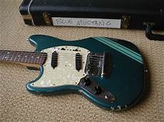 Kurt Cobain S Guitars Now Slts Fender Competition Mustang