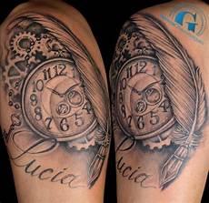 tatouage montre a gousset avant bras deux tatouages bras sur la mesure du temps par steven