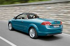 ford focus coup 233 cabriolet 2006 2010 rivals parkers