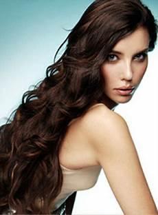 frisuren lange lockige haare