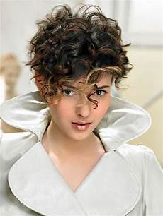short hairstyles for curly hair 2015