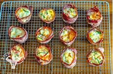 low carb rezepte frühstück eingewickelte kartoffel und ei fr 252 hst 252 cks muffins
