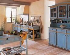 cuisine deux couleurs patiner des meubles de cuisine en deux couleurs