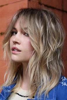 42 chic medium length layered hair lovehairstyles com