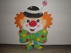 basteln fasching fenster tonkarton fensterbild clown kopf karneval fasching kreativecke clown basteln