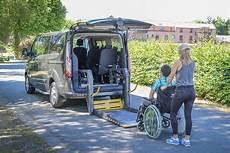 aménagement voiture handicapé prix voitures handicap 233 monospaces pour le transport d une personne en fauteuil handynamic