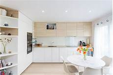 cuisine bois blanc cuisine blanc et bois id 233 es d 233 co cuisine en bois