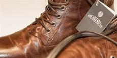 Enlever Tache D Huile Sur Chaussure En Cuir