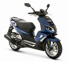 peugeot speedfight 4 125cc look at the new speedfight 4