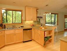 kitchen design ideas light maple cabinets video and photos madlonsbigbear com