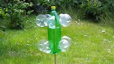 Windrad Aus Plastik Flaschen Im Garten