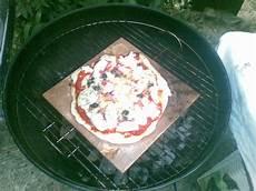 pizza au barbecue weber mon barbecue pizza au barbecue weber