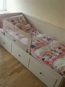 Hemnes Tagesbett Kinderzimmer - s take on ikea hemnes daybed room