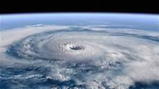 wann ist ein hurrikan ein hurrikan wetter de