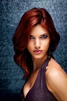 modèle coupe de cheveux femme coiffure couleur